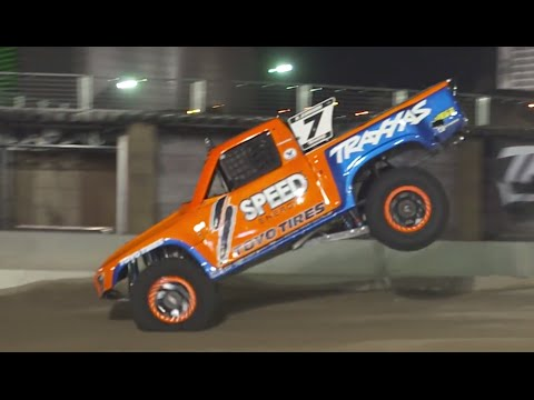 Stadium Super Trucks: Excellent Madness - /MOMO SlowMo