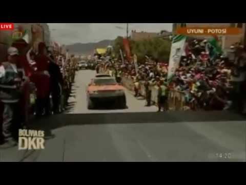 Salto de Robby Gordon en Dakar Bolivia