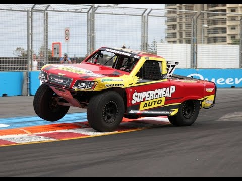 SST Race 2 Gold Coast 600