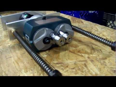 Adjustable C-C Drilling Head for Drill Press and Mill Applications - Tapping on Drill Press