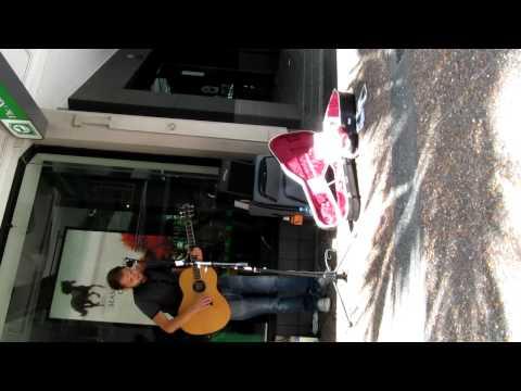 Mike Rosenberg Passenger Acoustic Busking Auckland