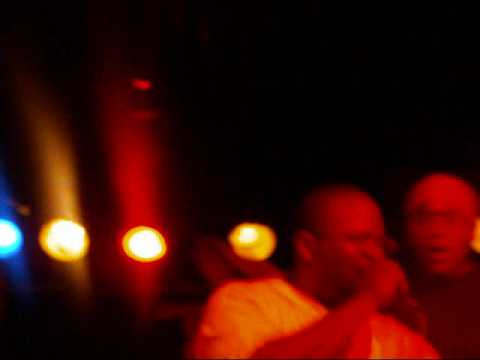TONYPAPERCHASE LIVE @PEABODY'S DOWNUNDER