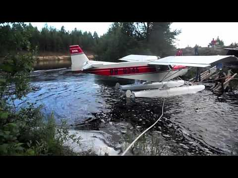 STOL CH 701 on floats