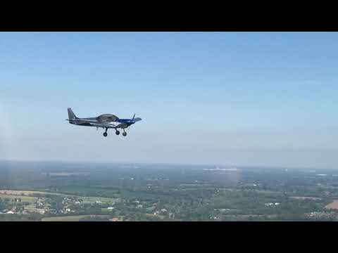 Short air-to-air video of N129BZ