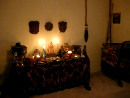MY OLD MAGICKAL ALTAR ~ GREEN CELTIC WICCE WITCH