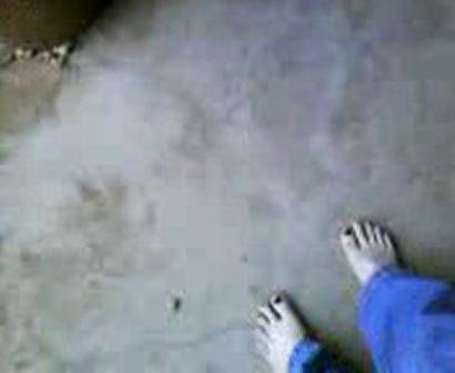 barefootin