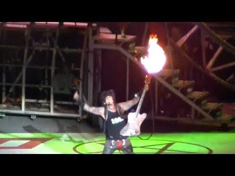 "Primal Scream - Motley Crue - Live @ Minnesota State Fair 8/29/12 ""THE TOUR 2012"""