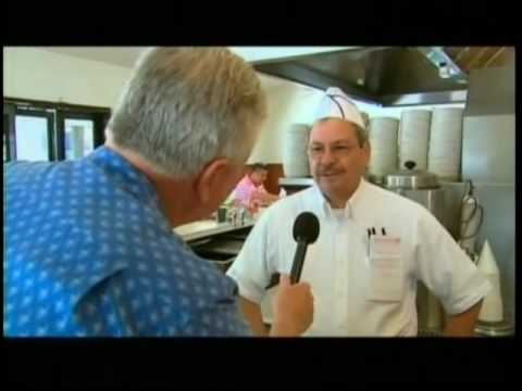 Huell Howser visiting the APPLE PAN PT 2