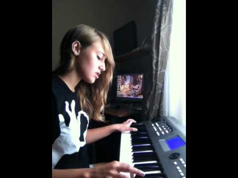 """Alison Conner singing an original song called """"don't leave me"""" (work in progress)"""