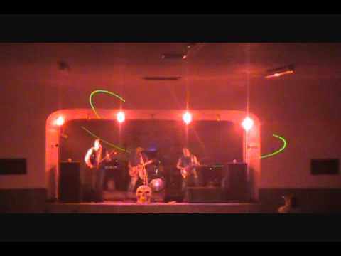 shatterbrains perform broken live at white elephant_0001.wmv