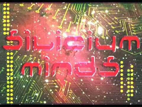 Silicium Minds - Journey to a black hole (short version)