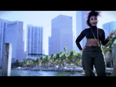 """Kitami Safiya - """"Come Around"""" Official Music Video"""