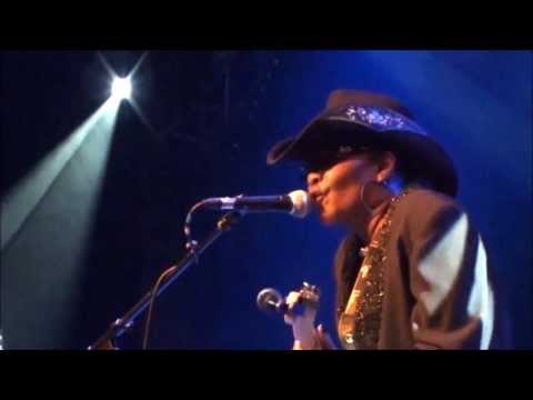SHARBABY NEWPORTE { I'm Not After Your Man }{French Tour Samoëns Blues Festival 2013 }