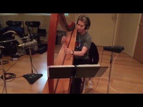 "Studio Performance of ""Arran Boat Song"" by Harpist Anne Roos"
