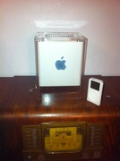 G4 Cube With First Ipod