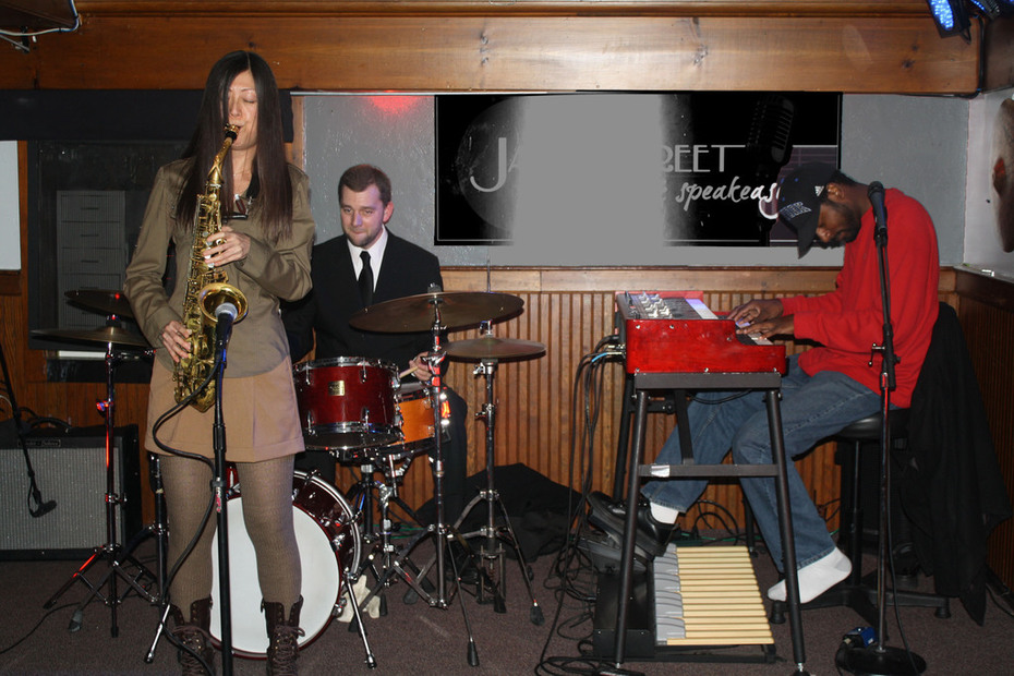 Yoko Suzuki & Friends at James Street Gastropub February 22, 2014
