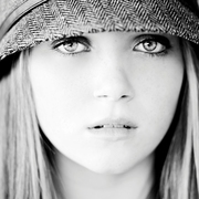 Savannah Lynne