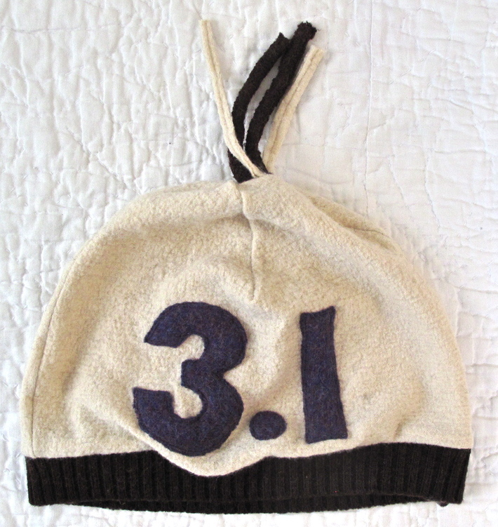recycled wool running hat
