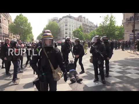 France: Chaos in Paris as police clash with 'Yellow Vests' at May Day protest