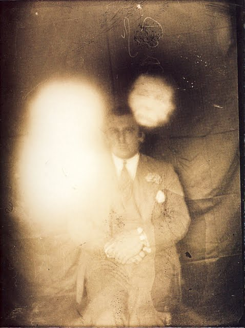 Photo of a spirit medium