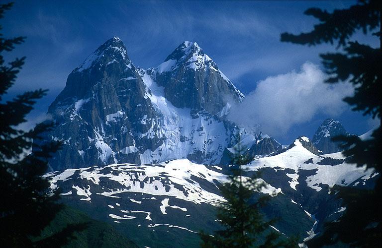 სვანეთი, მთები, კოშკები, მშობლიური კუთხე, საქართველო, ქველი, ბლოგი, დღიური, qwelly, blog, qwellypost, georgia, saqartvelo, sakartvelo, svaneti, mountains