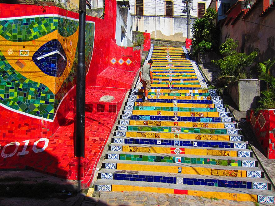 ქველი, ბლოგი, დღიური, ნახატები, მხატვრობა, ქუჩა, ორიგინალური ნამუშევარი, Qwelly, blog, street, streetart, kibeebi, moxatuli kibeebi, kibis mxatvroba, kibeebis moxatva