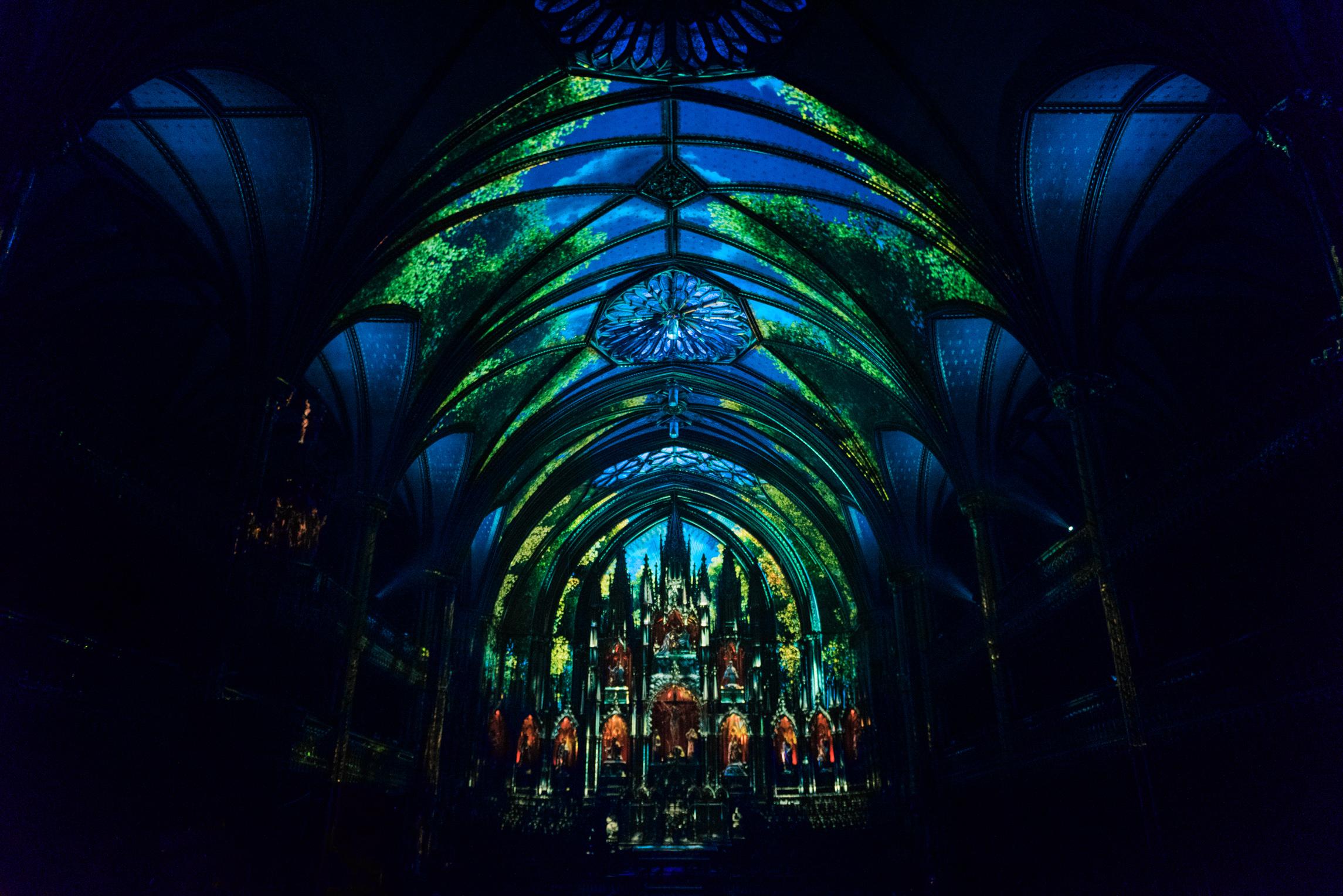 მონრეალი, ღმრთისმშობლის ბაზილიკა, აურა, მომენტის ქარხანა, moment factory, aura, bazilika, montreal, monreali kanada