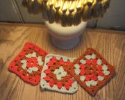 Learn to crochet Granny Squares (for beginners)