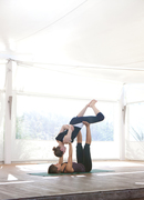 """* AcroYoga Workshop """"Therapeutic Delight"""" mit Lucie *"""