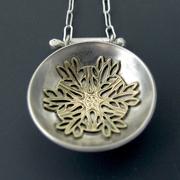 Bowl with Leaf Medallion