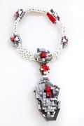 oye-LaReine-necklaceW