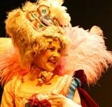 Il prossimo appuntamento con la Stagione Teatrale 2009/2010 propone Ottavia Piccolo in LA COMMEDIA DI CANDIDO