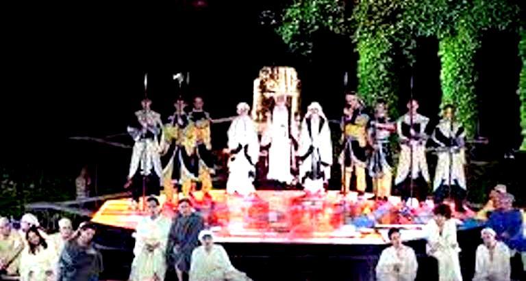 Опера  в летния театър  3