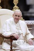 """""""VATICAN NEWS"""" Noticias desde la Santa Sede y de las actividades del Santo Padre.  En alianza con Radio Vaticana. De Lunes a Viernes a las 3:30pm Hora de la Radio."""