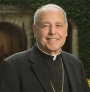 """""""POR LA CALZADA DE EMAUS"""" con Mons. Felipe de Jesus Estevez.  En alianza con EWTN.  Todos los Sabados a las 12pm Hora de la Radio."""