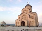 თითქმის უკვე დასრულებული ეკლესია