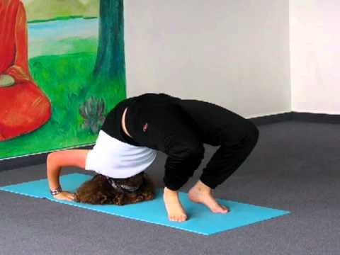 Yoga Vorführung mit der 14-jährigen Jacqueline