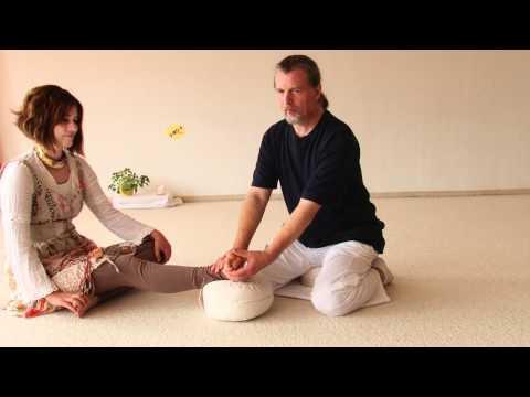 Fußreflexzonen Massage - Interview und Vorführung mit Ausbildungsleiter Bhajan Noam