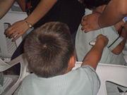 Niños de preescolar votando. Usos de las TIC