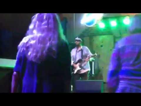 LIVE PERFORMANCE VIDEO: - The Billy Jones Band - Electronic Press Kit.