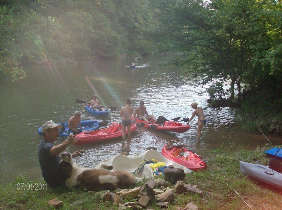 Many Cedars Trailride NOW offers kayaks
