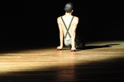 Pequetitas Coisas Entre Nós Mesmos - Grupo X de Improvisação em Dança