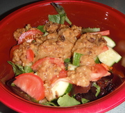 Awesome salad with yummy mush sauce :)