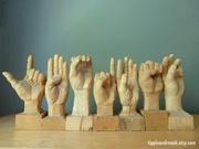 La langue des signes en sculpture!