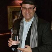leo with HMMA trophy