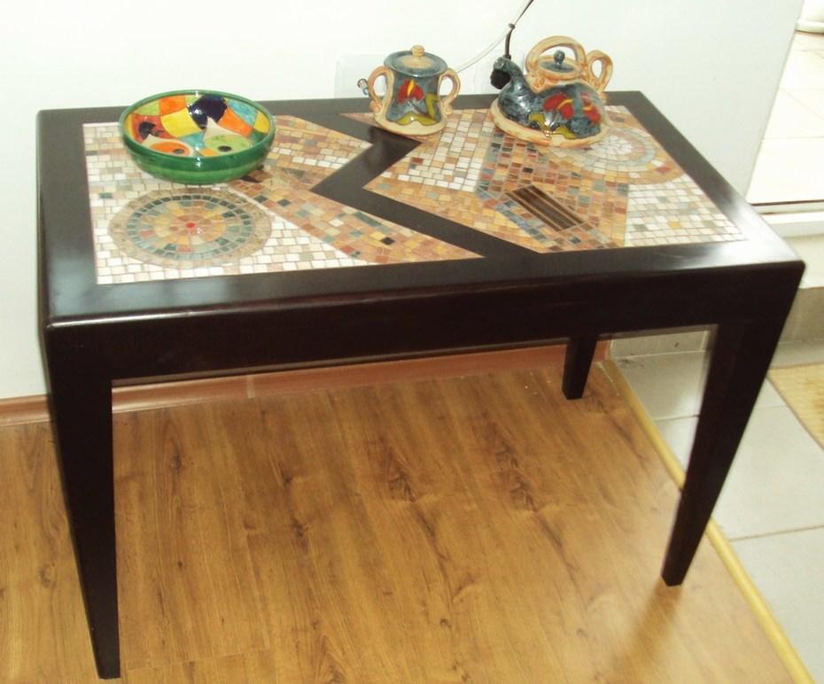 tabletop2