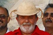Lula : Indumentária