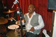 Wayne Linsey drums