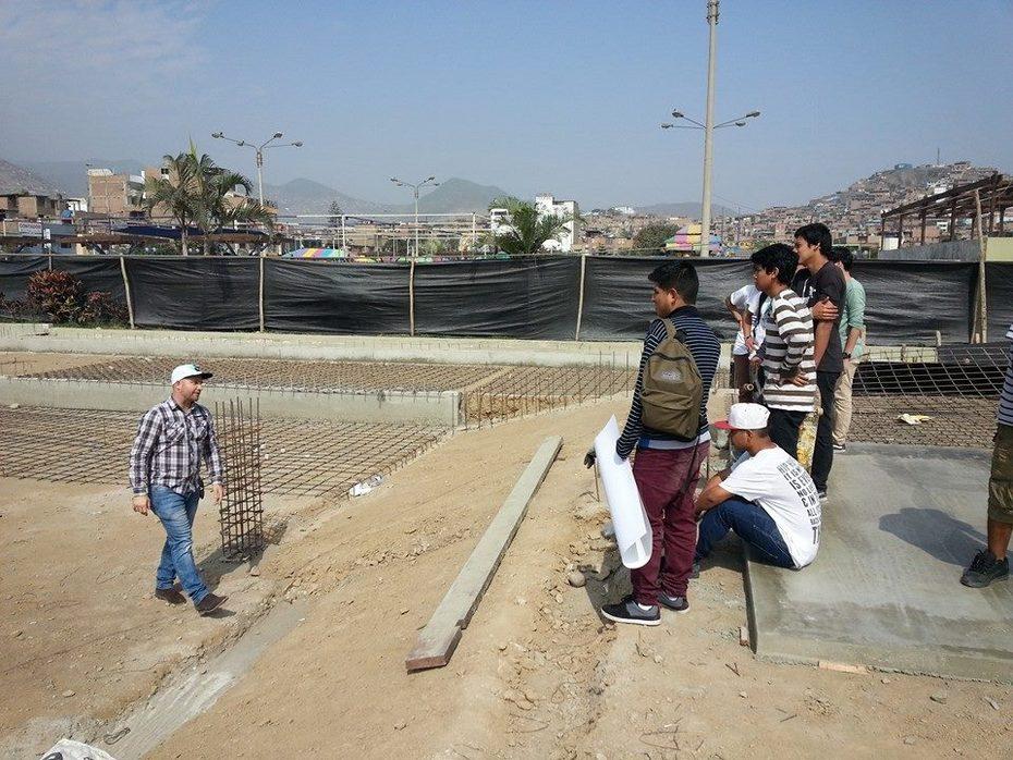 PETER HENNINGSEN - SKATEPLAZA SAN JUAN DE MIRAFLORES CONSTRUCCION