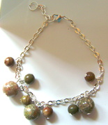 Epidot and Oak Jasper bracelet